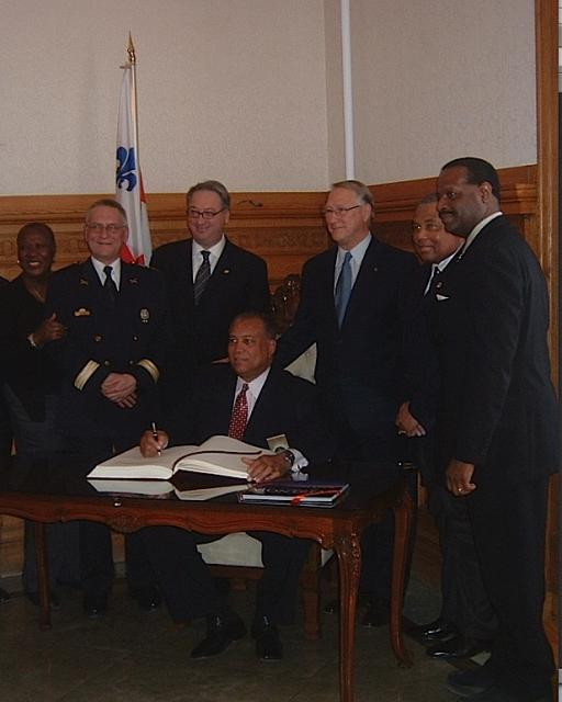 Myrna Lashley, Yves Charette, Claude Dauphin, Mayor Gérald Tremblay, Clarence Edward,René Saint-Léger with Chief Pennington