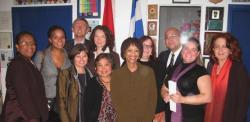 Mme Gay McDougall et les membres et partenaires du CRARR